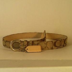 Coach Signature Belt size small